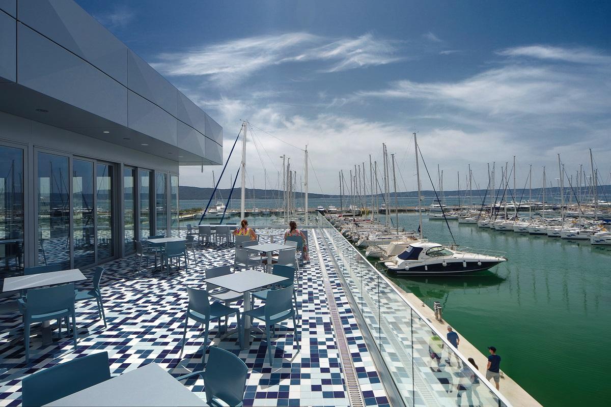 https://www.marina-kastela.hr/wp-content/uploads/2018/08/pizzeria-terasa-1200×800.jpg